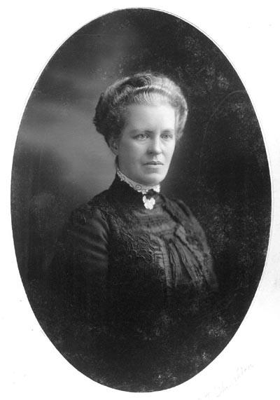 Mrs Simon T Staughton